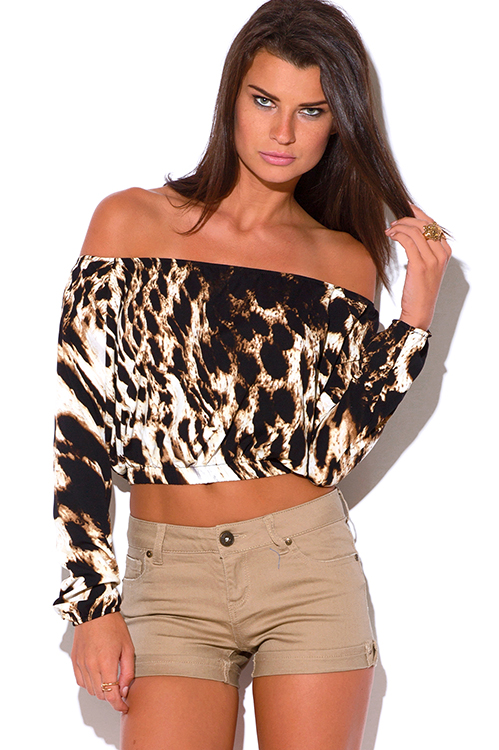 Shop women's new T-Shirt selection at Urban Outfitters. Find fishnet, turtleneck, printed, off-the-shoulder, cropped, v-neck, cold-shoulder and choker tops. UO Leopard Print Long-Sleeve Funnel Neck Top UO Glitter Super-Crop Long-Sleeve Top.