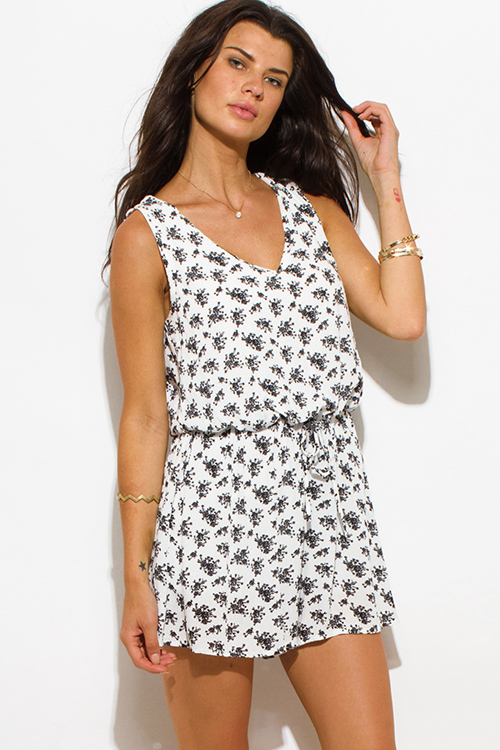 Cute cheap white black floral print rayon gauze sleeveless keyhole back drawstring boho party romper jumpsuit