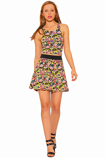 $5 - Cute cheap floral print banded waist skater mini skirt