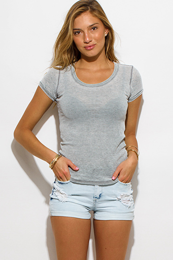 $10 - Cute cheap clothes - light heather gray waffle fabric scoop neck short sleeve tee shirt top