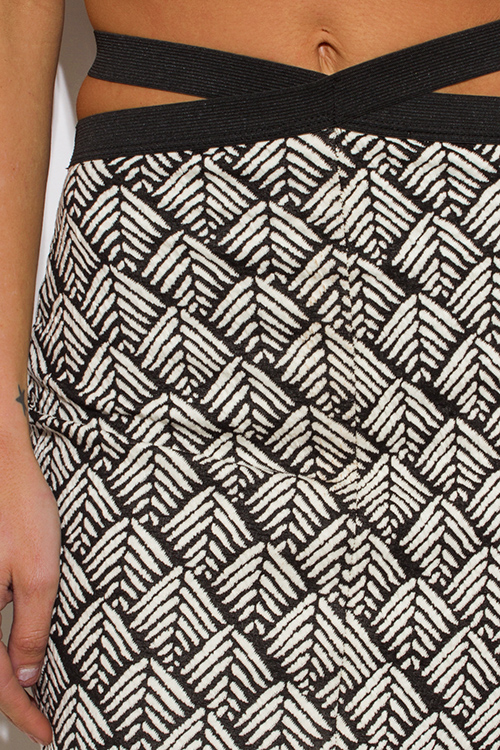 Cute cheap black/white palm print cut out high waisted slit fitted bandage pencil party mini skirt