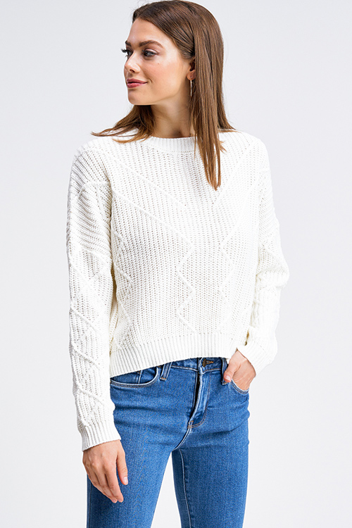 V-neck Cropped Knitted Sweater Offwhite   na-kd.com