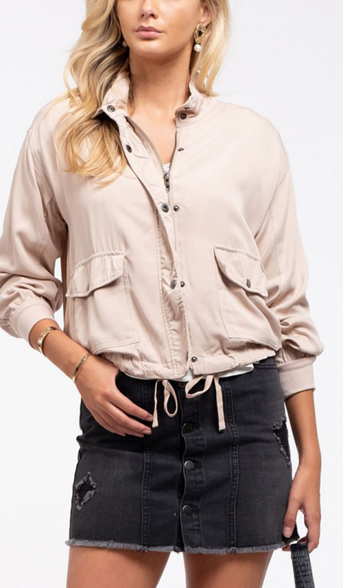 Cute cheap Lightweight jacket Snap button collar Long ruched sleeves banded cuffs