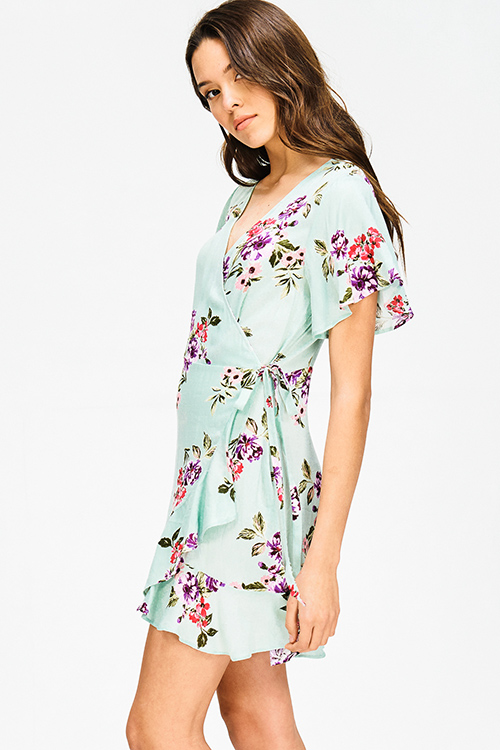 Cute cheap mint green floral print ruffle short sleeve cocktail party boho wrap mini dress