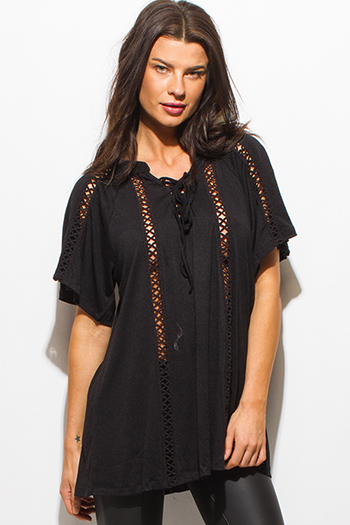 $15 - Cute cheap peach pink draped low cowl neck quarter sleeve knit tunic top - black crochet trim short sleeve boho tunic top