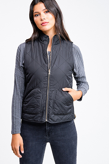 $25 - Cute cheap white asymmetrical hem quarter sleeve zip up fitted blazer jacket top - Black quilted reversible sherpa fleece lined pocketed zip up vest jacket top