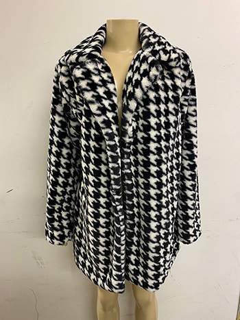 $35 - Cute cheap clothes - black white cheetah animal print pocketed open front faux fur coat.