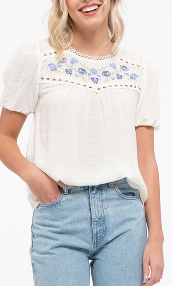 $20.50 - Cute cheap floral embroidery top