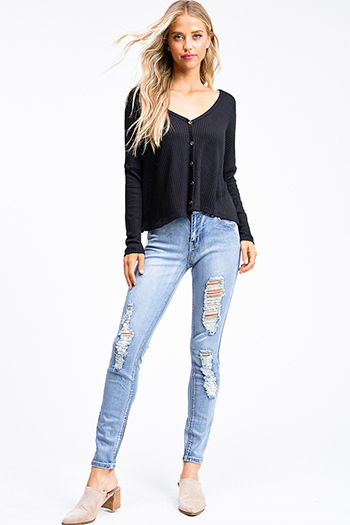 $20 - Cute cheap urban - Light blue washed denim mid rise distressed ripped fitted skinny jeans