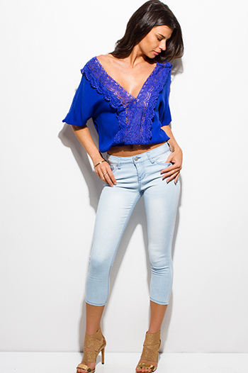 $15 - Cute cheap july 4th outfits - light blue washed denim pocketed mid rise fitted cropped capri skinny jeans