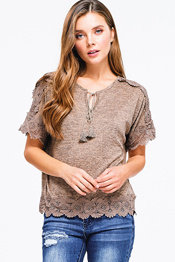 $15 - Cute cheap ethnic print boho top - Mocha khaki brown short sleeve scallop crochet lace trim tassel tie front boho top